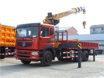 东风特商后八轮潍柴270马力徐工12吨随车吊臂长14.1米