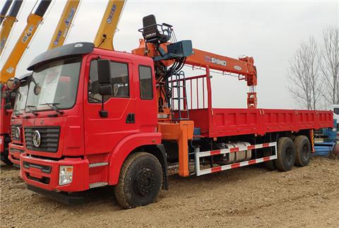 东风锦程后八轮8米5货箱石煤12吨随车吊
