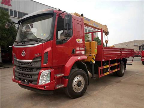 柳汽乘龙M3货箱5米8徐工6.3吨SQS