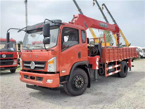 东风5米1货箱160马力程力威力8吨随车吊