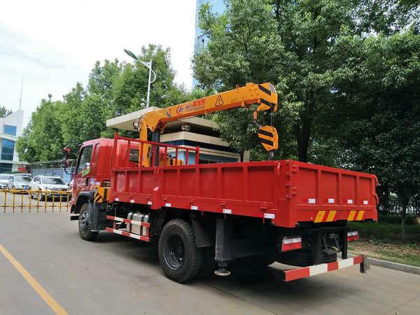 东风特商程力5吨随车吊实拍图片