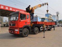山东淄博张总订购的东风小三轴10吨随车吊发车