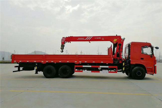 三环后八轮三一12吨随车吊整车外观图片