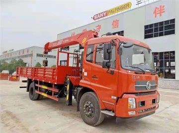 东风天锦8吨随车吊,三一吊机,货箱5.7米
