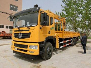 东风T5后八轮12吨石煤随车吊多少钱一辆?