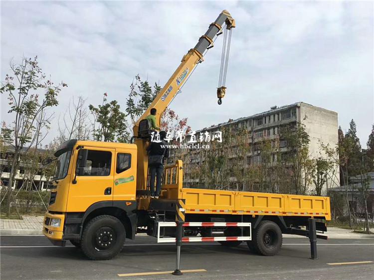 东风特商8吨双联泵徐工随车吊展示B