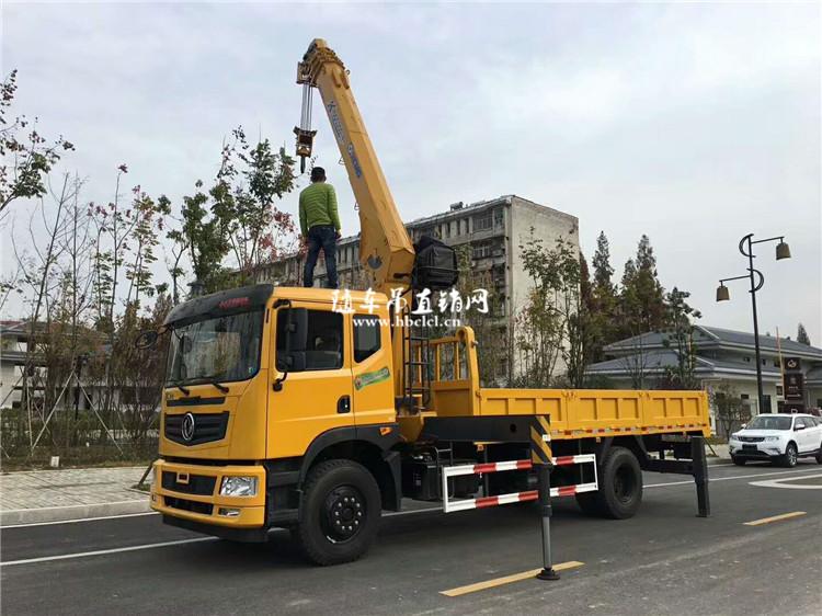 东风特商8吨双联泵徐工随车吊展示C