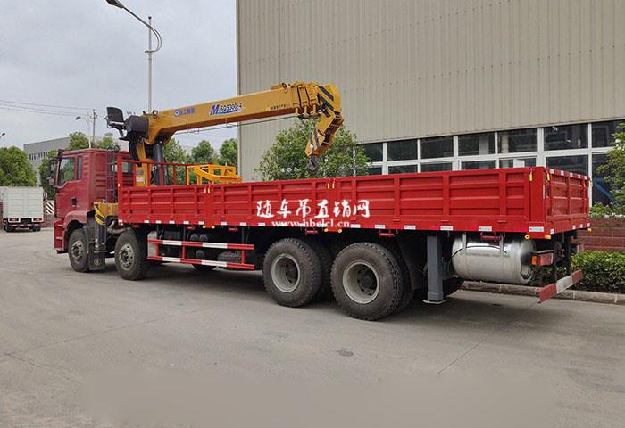 陕汽德龙前四后八徐工12吨SQS300-4随车吊展示D