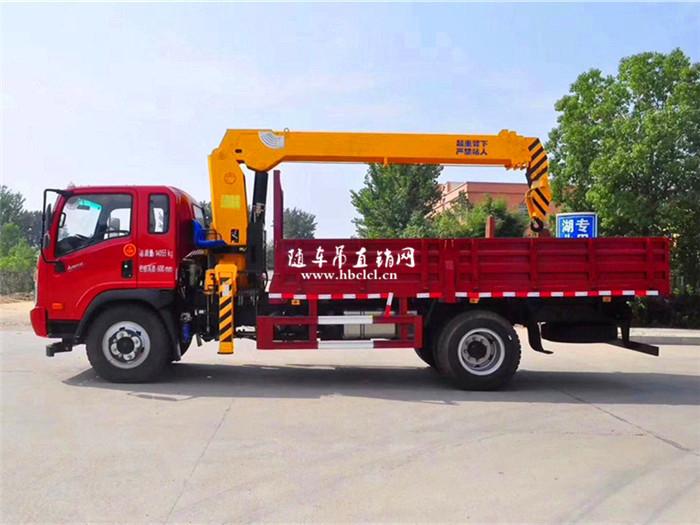 大运4米8货箱140马力程力6.3吨随车吊展示C