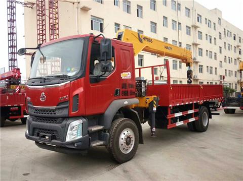 【图】柳汽乘龙8吨随车吊 200米遥控操作 5米8货箱