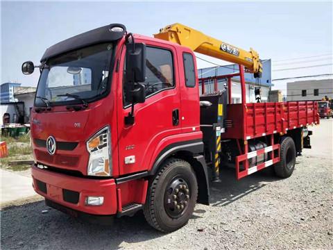 【多图】东风畅行D1L程力威龙5吨随车吊 5米1货箱