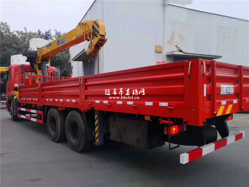东风天龙后八轮康明斯270马力徐工12吨随车吊展示C