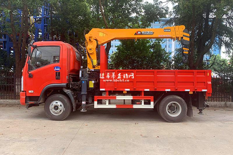 大运4米8货箱程力专汽牌5吨随车吊展示B