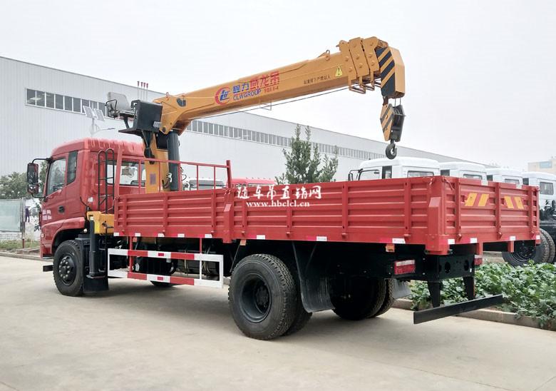 东风D913单桥5米8货箱程力威龙8吨随车吊展示D