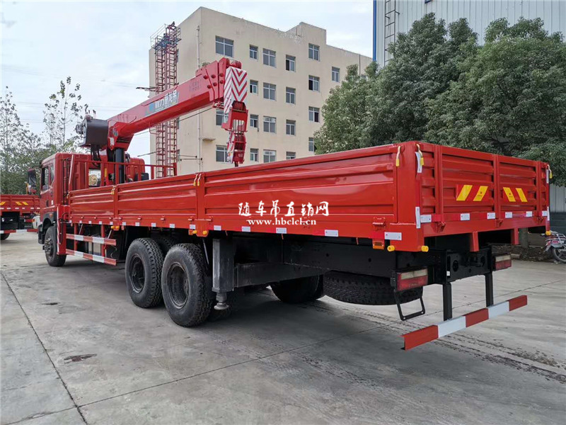 东风华神T5后八轮程力威龙12吨随车吊展示D