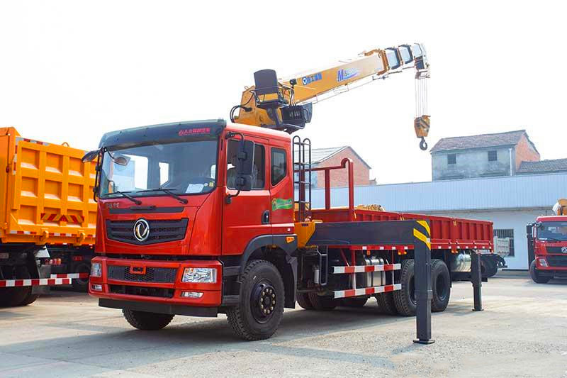 徐工随车吊M型12吨和G型12吨价格
