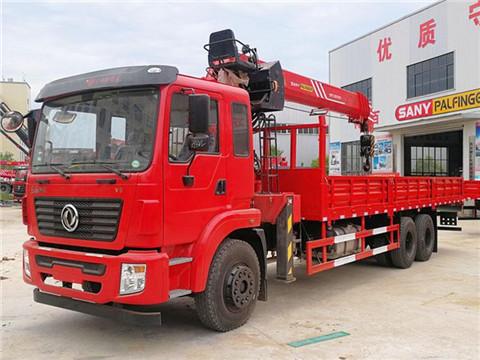 东风锦程后八轮玉柴270马力三一12吨随车吊