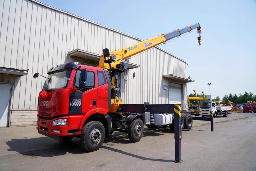 强势升级,徐工G型16吨SQS400-4随车吊震撼来袭