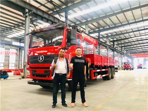 浙江温州刘总喜提陕汽德龙后八轮三一14吨随车吊