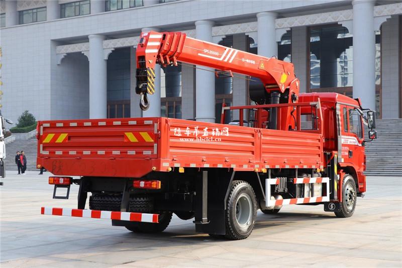 陕汽德龙L3000 国六245马力 三一8吨随车吊展示D