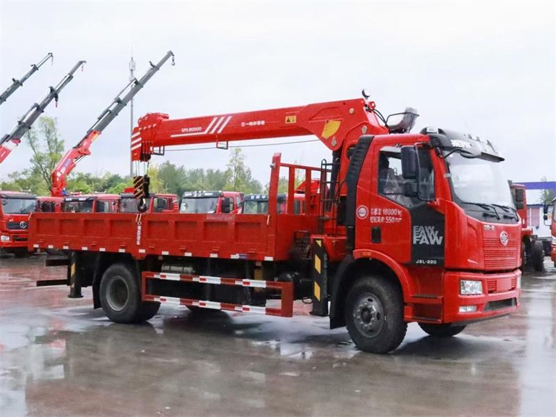解放J6L 220马力 6米1 三一8吨随车吊展示B