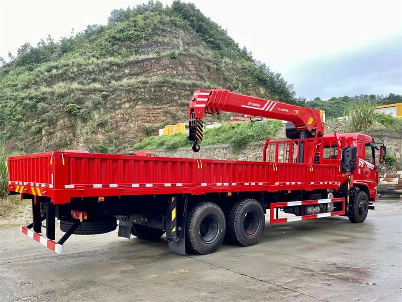 东风畅行D3V 后八轮 270马力 三一12吨随车吊展示D