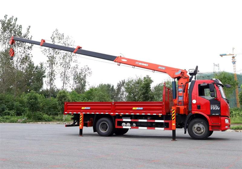 解放J6L 国六220马力 6米1 石煤8吨随车吊展示D