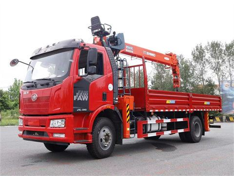 解放J6L 国六220马力 6米1 石煤8吨随车吊