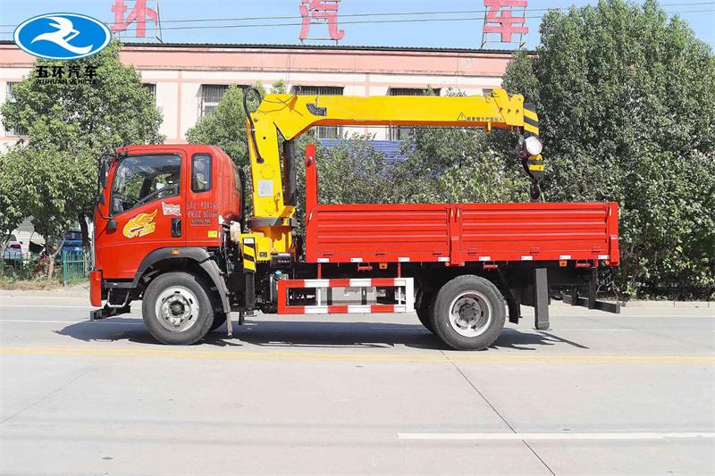 重汽豪曼 国六190马力 程力牌6.3吨随车吊展示C