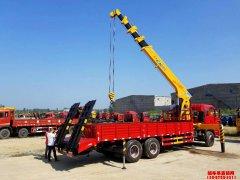 随车吊平板运输车集三种功能于一身