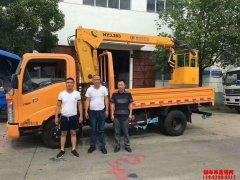 广西刘总喜提3.2吨遥控随车吊