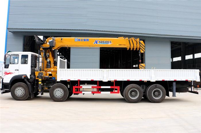 重汽斯太尔前四后八徐工16吨随车吊,货箱8.35米