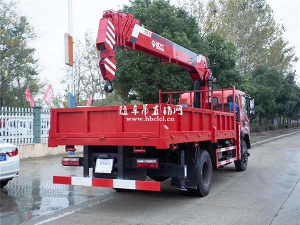 东风特商新飞工8吨随车吊