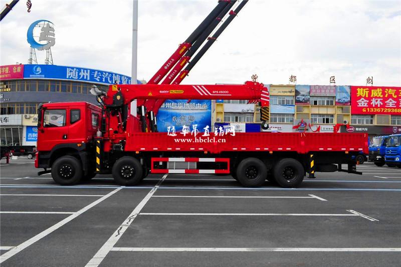 东风T5前四后八三一18吨随车吊