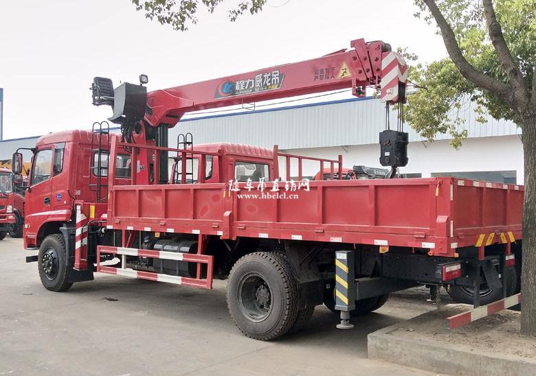 5米8货箱外观结构