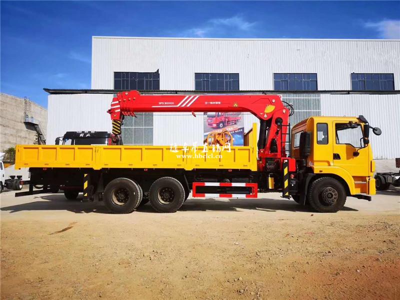 三一12吨五节臂SPS30000吊机