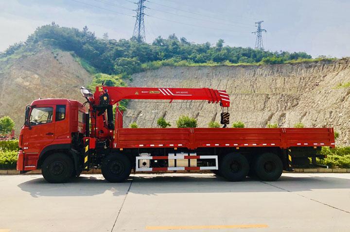 东风天龙三一12吨随车吊